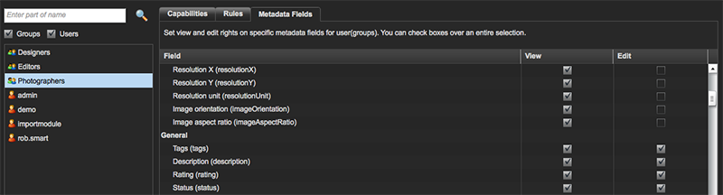 Selecting metadata fields