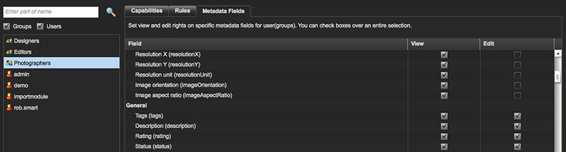 Selecting metadata fields